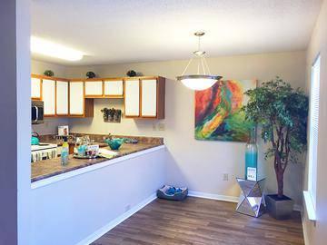 Kitchen & Dining - Ridgeview at Garden Mills - Prattville, AL