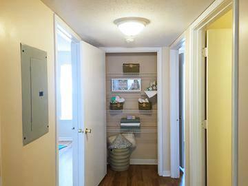 Linen Closet - Ridgeview at Garden Mills - Prattville, AL