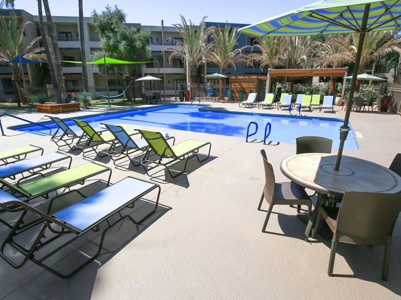 Apartment photos videos beacon at 601 in mesa az for Pool fill in mesa az
