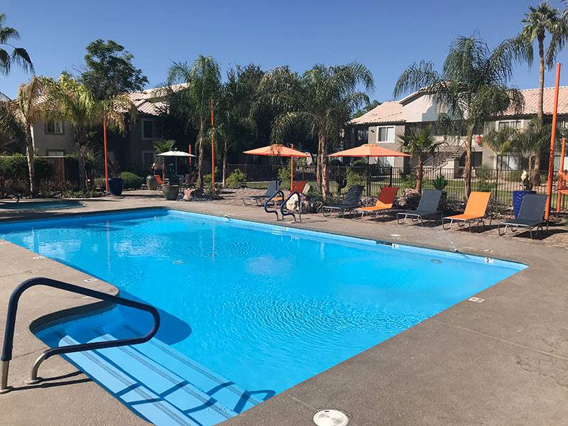 Apartment photos videos exchange on the 8 in mesa az for Pool fill in mesa az