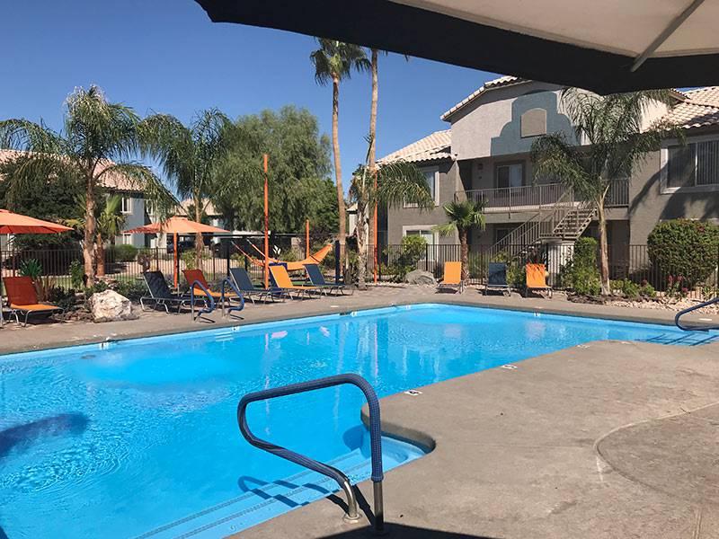 Apartment photos videos exchange on the 8 in mesa az for Pools in mesa az
