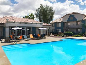 Sparkling Swimming Pool - Exchange on the 8 - Mesa, AZ