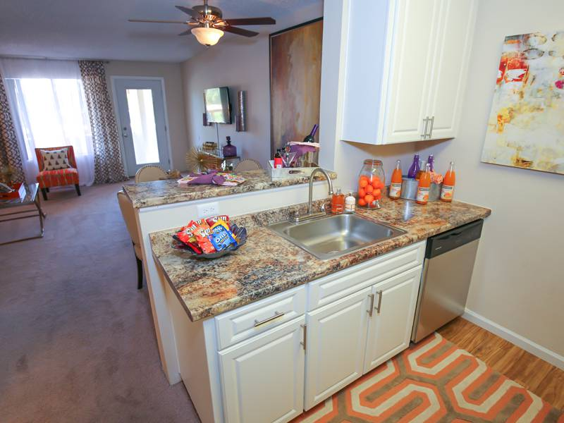 Kitchens with Breakfast Bar