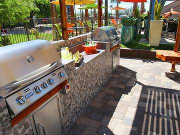 Outdoor Kitchen - Level 550 - Mesa, AZ