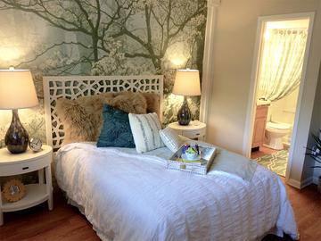 Master Bedroom - Luxe 1930 - Mesa, AZ