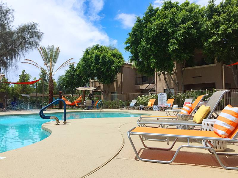 Apartment photos videos luxe 1930 in mesa az for Pool fill in mesa az