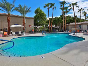 Resort-Style Pool - Luxe 1930 - Mesa, AZ