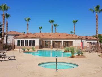 Swimming Pool & Spa - Rancho Del Sol - Peoria, AZ