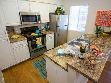 Kitchen - Promenade at Grand - Surprise, AZ