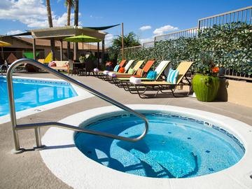 Pool & Spa - The Ledges at West Campus - Tucson, AZ