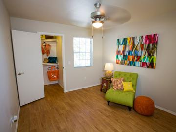 2x1 Bedroom - The Ledges at West Campus - Tucson, AZ
