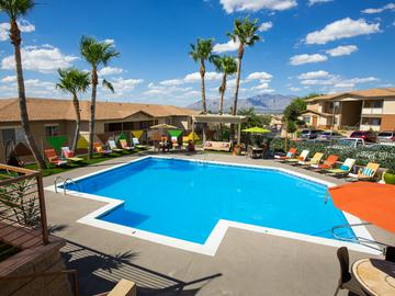 Resort-Style Pool - The Ledges at West Campus - Tucson, AZ
