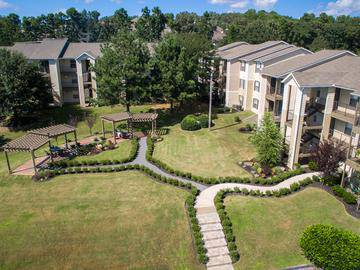 Aerial View of Courtyard - Wellington at Chenal - Little Rock, AR