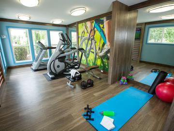 Fitness Center - Abby Creek Apartment Homes - Carmichael, CA