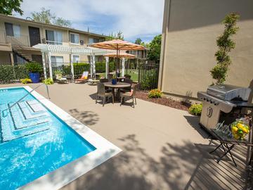 BBQ Grill - Abby Creek Apartment Homes - Carmichael, CA