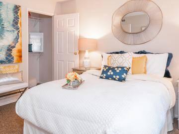 Guest Bedroom - Cambridge House - Davis, CA