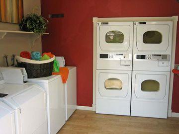 Community Laundry Room - Bridle Creek - Modesto, CA