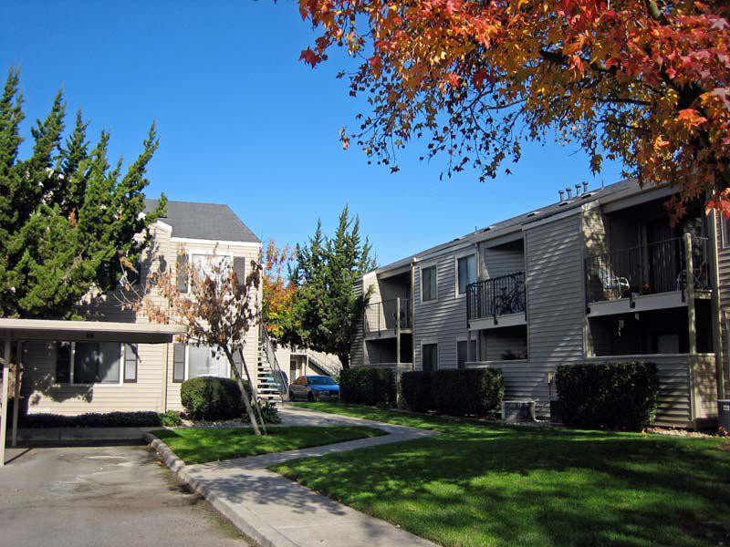 Bridle Creek Apartments Modesto Ca Apartments For Rent