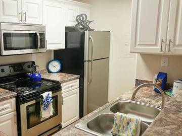Remodeled Kitchen - Bridle Creek - Modesto, CA