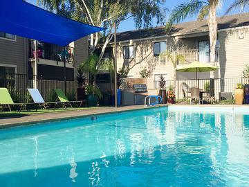 Resort-Style Swimming Pool - Bridle Creek - Modesto, CA