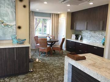 Leasing Office - Bridle Creek - Modesto, CA