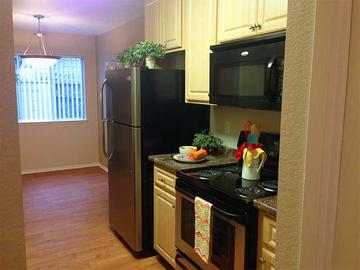 Kitchen - Summerview - Modesto, CA