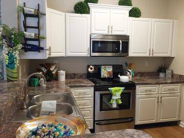 Remodeled Kitchen - Summerview - Modesto, CA