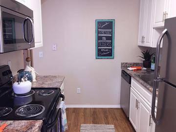 Remodeled Kitchen - Summerview - Modesto, CA