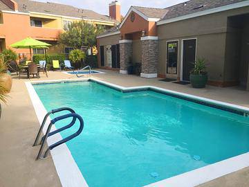 Resort-Style Pool - Summerview - Modesto, CA