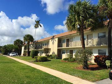 Building Exterior - Boca Winds - Boca Raton, FL