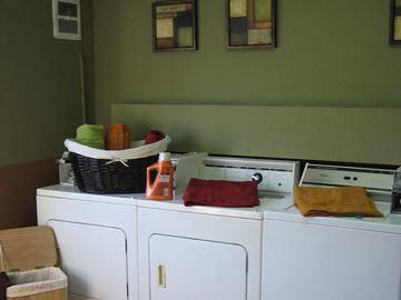 Community Laundry Room - Boca Winds - Boca Raton, FL