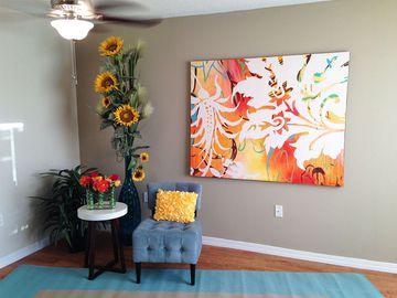 Living Room - Kendall Ridge Apartments - Bradenton, FL