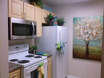 Kitchen - Kendall Ridge Apartments - Bradenton, FL