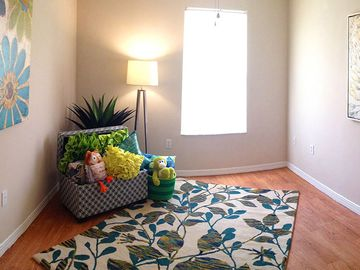 Bedroom - Kendall Ridge Apartments - Bradenton, FL
