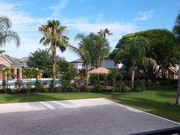 Sand Volleyball Court - Kendall Ridge Apartments - Bradenton, FL