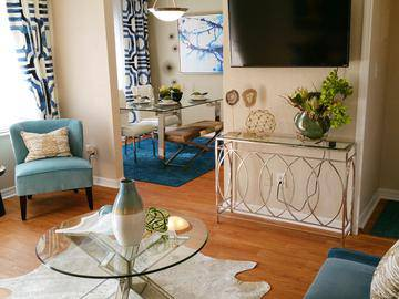 Living & Dining Rooms - The Laurels Apartment Homes - Fort Myers, FL