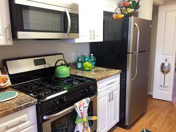 Stainless Steel Appliances - The Laurels Apartment Homes - Fort Myers, FL
