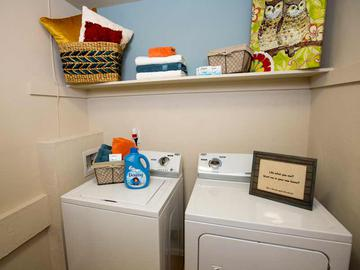 Laundry Room - Ridgemar Commons - Gainesville, FL