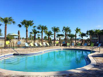 Resort-Style Pool - The Fairpointe at Gulf Breeze - Gulf Breeze, FL