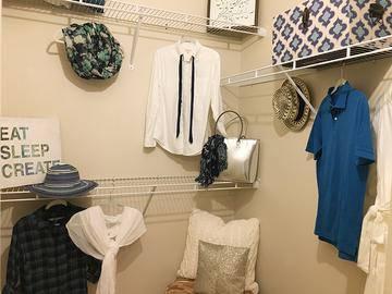 Walk-In Closet - Banyan Bay - Jacksonville, FL