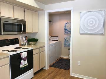 Contemporary Kitchen - Banyan Bay - Jacksonville, FL