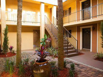 Courtyard - Bella Terraza - Jacksonville, FL