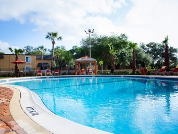 Resort-Style Pool - Bella Terraza - Jacksonville, FL