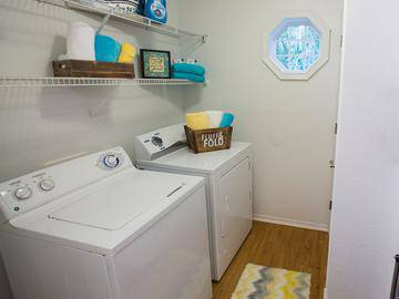 Laundry Room - Deer Meadow - Jacksonville, FL