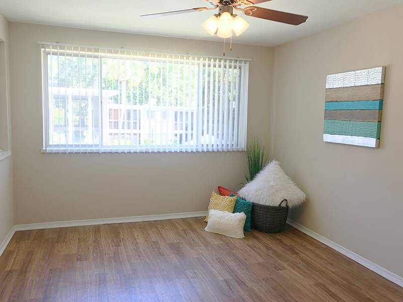 Apartment Photos Videos Lakewood Village In Jacksonville Fl