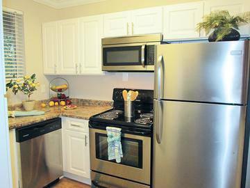 Stainless Steel Appliances - Lakewood Village - Jacksonville, FL