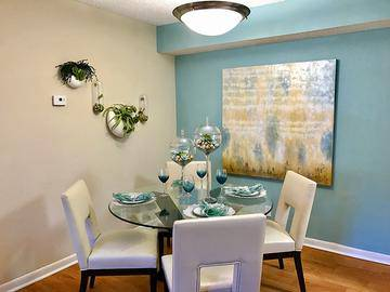 Dining Room - The View at Waters Edge - Lantana, FL