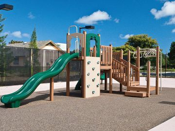 Playground - The View at Waters Edge - Lantana, FL