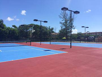 Tennis Courts - The View at Waters Edge - Lantana, FL