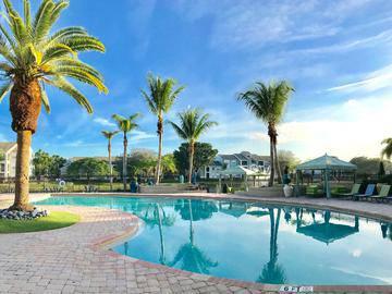Resort-Style Pool - The View at Waters Edge - Lantana, FL